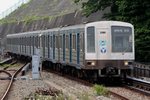 横浜市営地下鉄2000系@上永谷