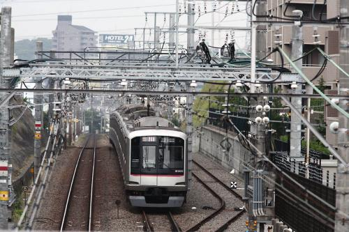 東急5050系5152F大倉山橋の上