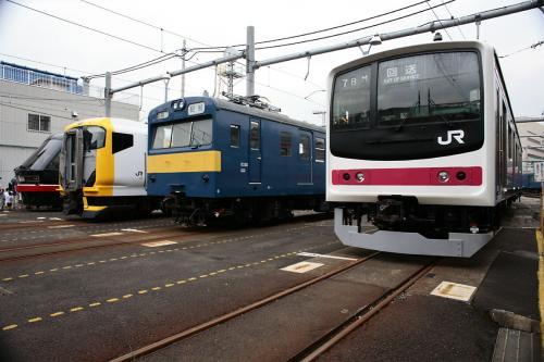 JR大井工場電車の展示1