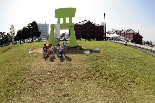 イケヤの巨大椅子5