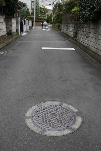 横浜のマンホール地元3