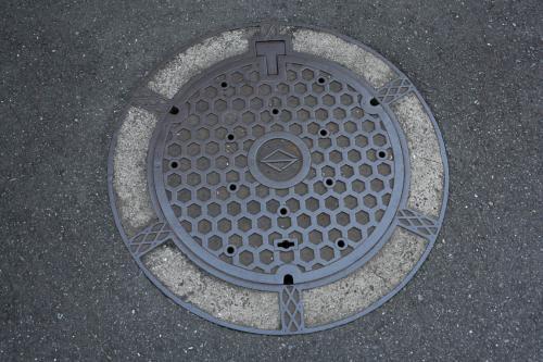 横浜のマンホール地元6