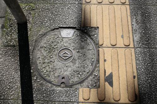 横浜のマンホール地元7