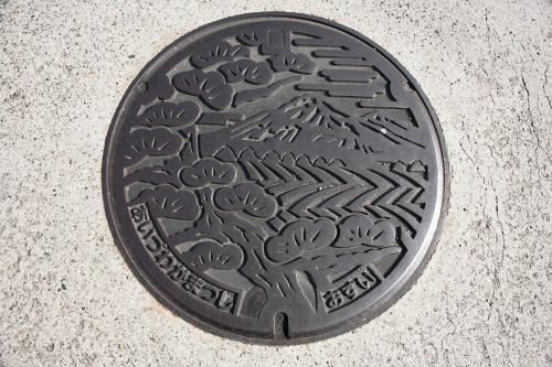 会津若松市のマンホール7(現在の形)