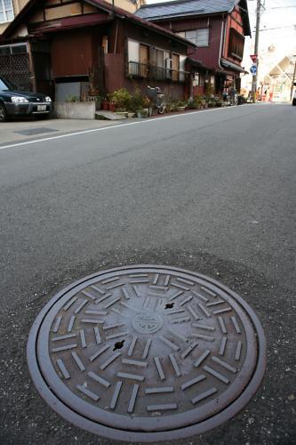 会津若松市のマンホール10(9の撮影現場)