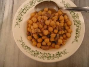 ひよこ豆と牛肉のトマト煮