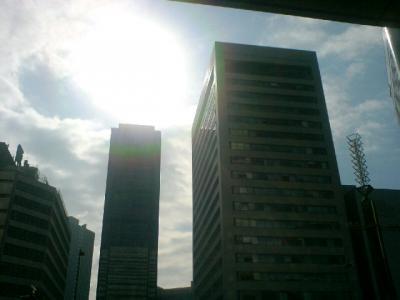 大阪駅でてすぐの光景