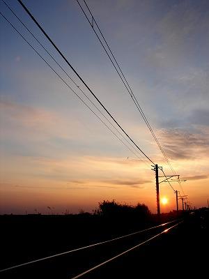 線路からの夕陽