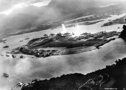 300px-Attack_on_Pearl_Harbor_Japanese_planes_view.jpg