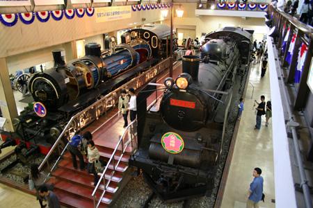 9856号マレー式機関車&C57