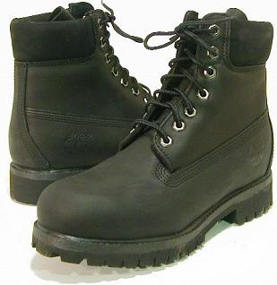 Timberlandの黒ブーツ