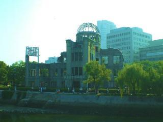原爆ドーム(2003年8月撮影)