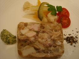 豚足と豚ばら肉のコラーゲンテリーヌ