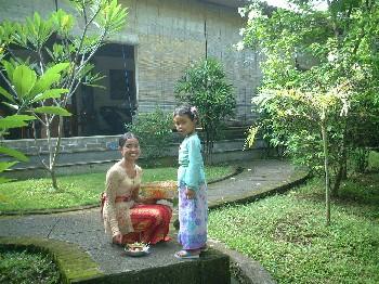2004_0125BALI0254-s.jpg