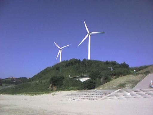 風力発電もしちゃってます♪