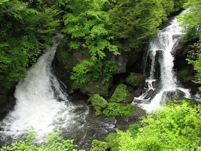 竜頭の滝下部