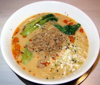 グルメン坦々麺