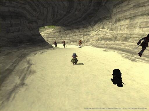 後衛側は洞窟内で真っ暗…w