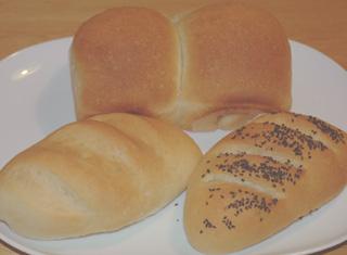 ヨーグルト酵母で焼いたパン