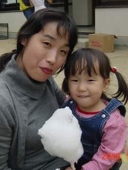 2005.11.3 いっしょに綿菓子