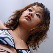 長谷川いずみちゃんの不思議な魅力と美乳を頂きます♪