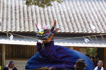 三嶋神社(越知面)秋祭り 牛鬼