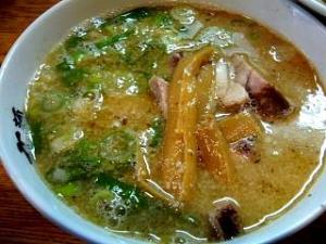 麺高はし(つけ麺半肉入り大盛り・つけ汁)