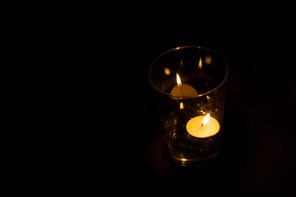 candle_8578.jpg