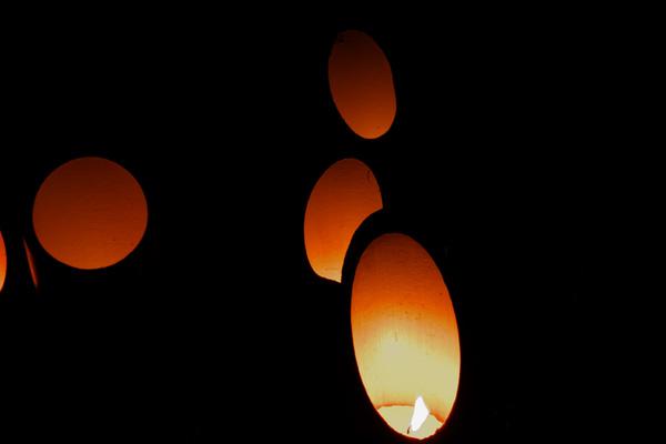 candle_8582.jpg