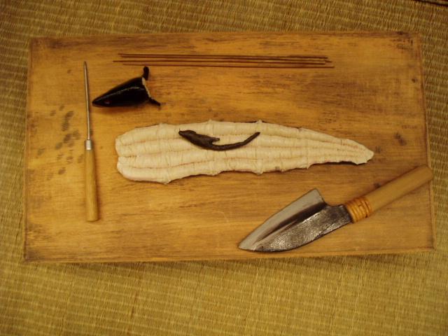 肝に注目:小道具の鰻