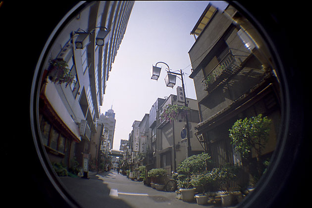 050621asakusa13+s.jpg