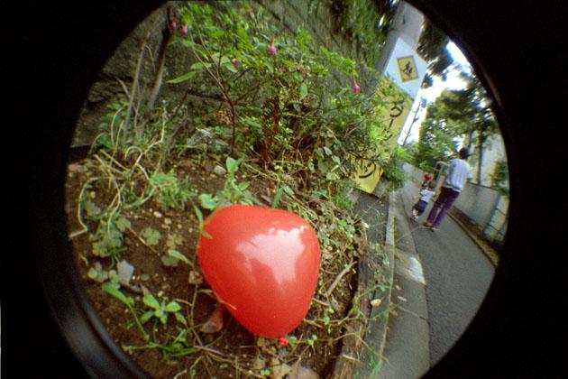 051101balloon02.jpg