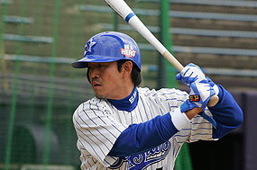 鈴木尚典外野手