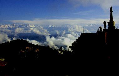 ナガルコットで撮影したヒマラヤ山脈の写真