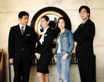 韓国版のホテリアーでーす。一番右にいるのが若かりしペ・ヨンジュンでーす。