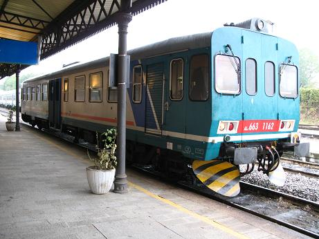 アルバへの電車